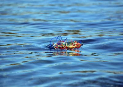 Cordes servant à fixer les algues dans la mer